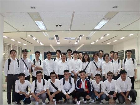 Công ty Nissan Automotive Technology Việt nam luôn chào đón SV ĐHCNHN